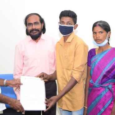 First Year(2021-Batch)  Student Receiving BEC scholarship